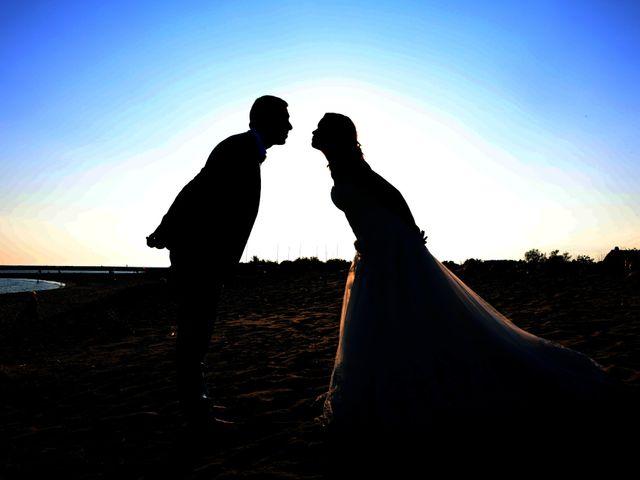 Le mariage de Marc et Valérie à Uchaud, Gard 24
