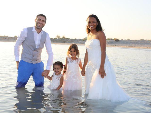 Le mariage de Marc et Valérie à Uchaud, Gard 26
