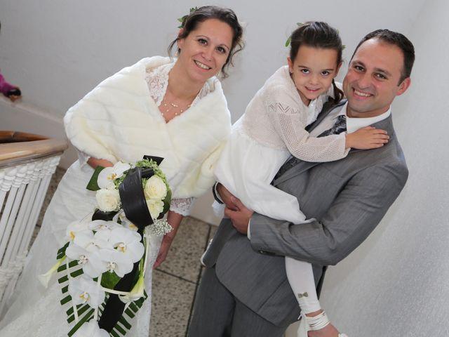 Le mariage de Mikael et Sandrine à Cournonterral, Hérault 28