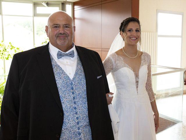 Le mariage de Pierre et Lucile à Bazancourt, Marne 23