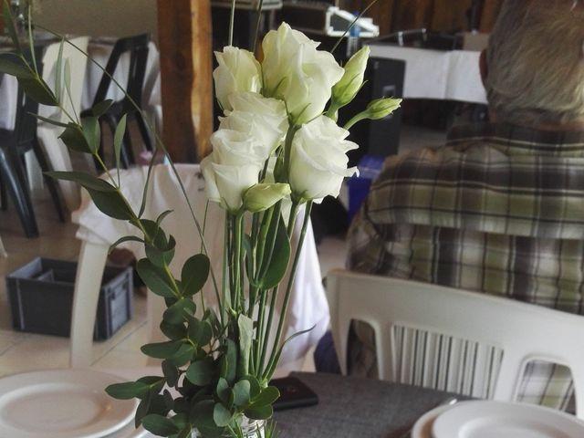 Le mariage de Eric et Caroline à Saint-Laurent-des-Autels, Maine et Loire 3