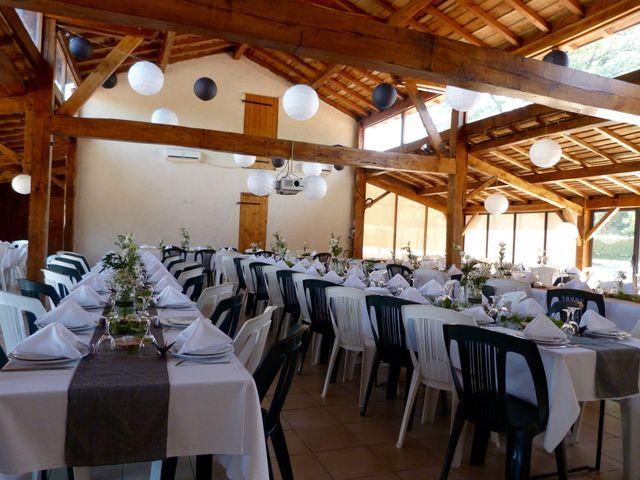 Le mariage de Eric et Caroline à Saint-Laurent-des-Autels, Maine et Loire 13