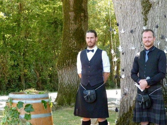 Le mariage de Eric et Caroline à Saint-Laurent-des-Autels, Maine et Loire 14