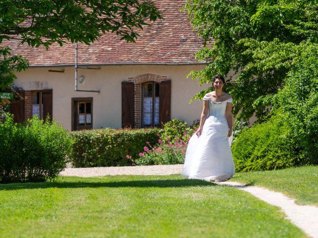 Le mariage de Nicolas et Rebecca à Aubigny-sur-Nère, Cher 6