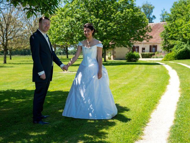 Le mariage de Nicolas et Rebecca à Aubigny-sur-Nère, Cher 7