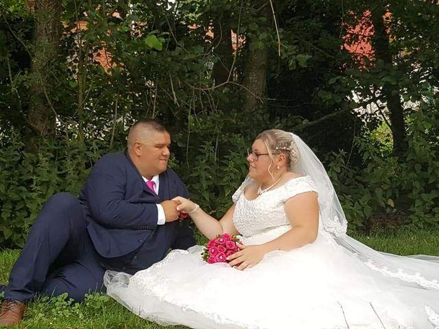 Le mariage de Vantouroux  et Betsy à Divion, Pas-de-Calais 5