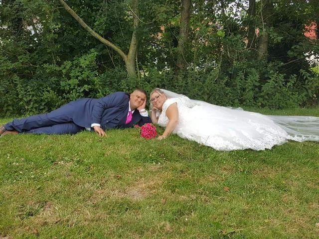 Le mariage de Vantouroux  et Betsy à Divion, Pas-de-Calais 6