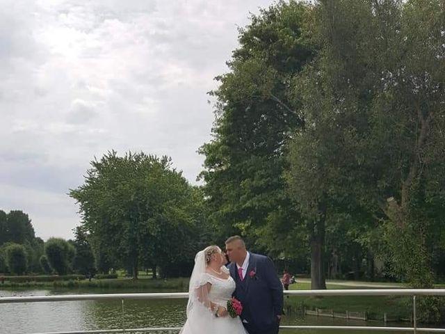 Le mariage de Vantouroux  et Betsy à Divion, Pas-de-Calais 9