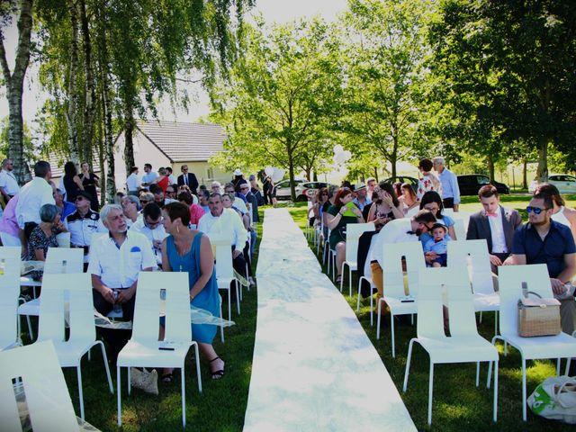 Le mariage de Jessica et Tony à Romeries, Nord 2