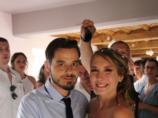 Le mariage de Jessica et Tony à Romeries, Nord 32