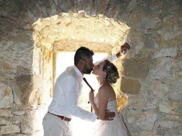 Le mariage de Julien et Pamela à Parignargues, Gard 15