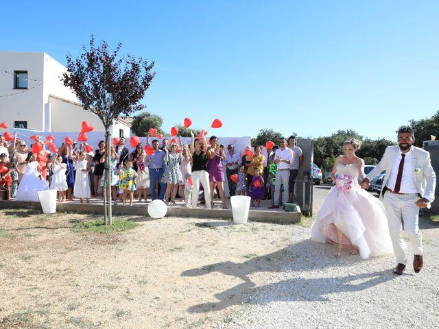 Le mariage de Julien et Pamela à Parignargues, Gard 17