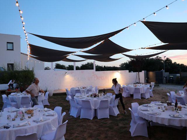 Le mariage de Julien et Pamela à Parignargues, Gard 21