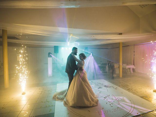 Le mariage de Yann et Tinhinane à Charleville-Mézières, Ardennes 8