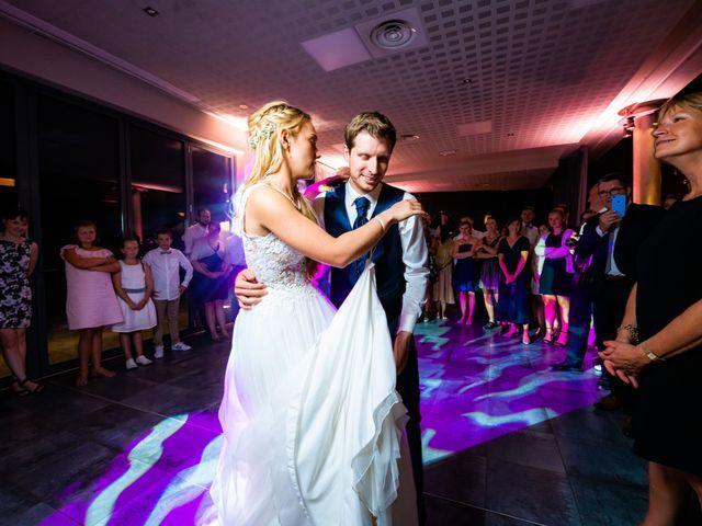 Le mariage de Thomas et Claire à Bersée, Nord 39
