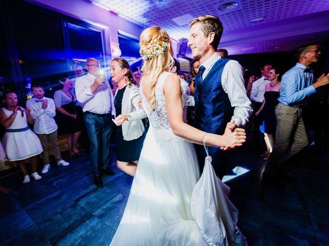 Le mariage de Thomas et Claire à Bersée, Nord 42