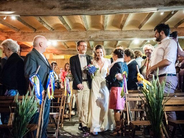 Le mariage de Olivier et Julia à Merville, Nord 27