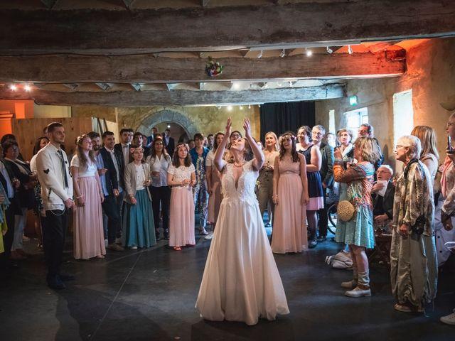 Le mariage de Olivier et Julia à Merville, Nord 43