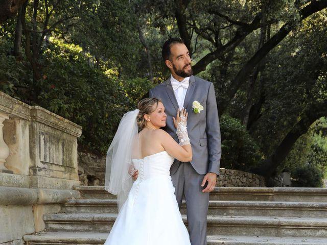 Le mariage de Julien et Lucie à Nîmes, Gard 16