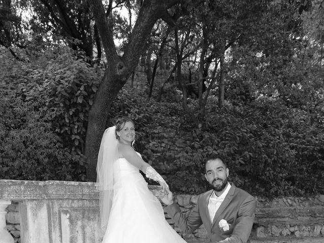 Le mariage de Julien et Lucie à Nîmes, Gard 17