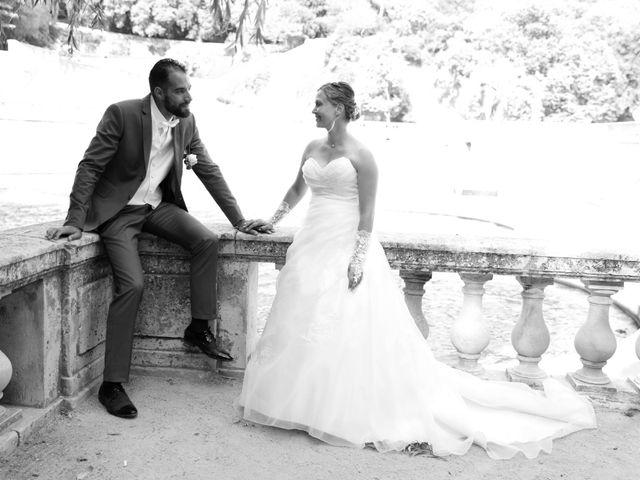 Le mariage de Julien et Lucie à Nîmes, Gard 19