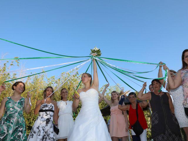 Le mariage de Julien et Lucie à Nîmes, Gard 20