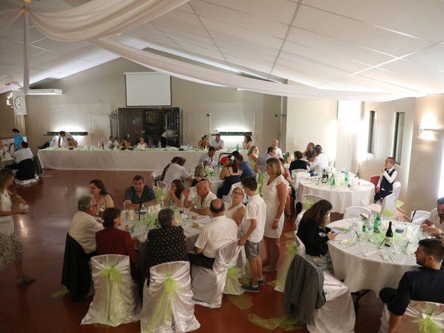 Le mariage de Julien et Lucie à Nîmes, Gard 22