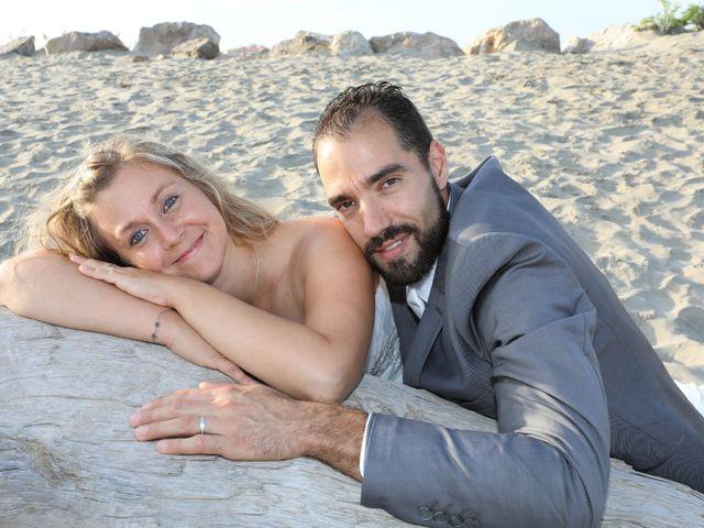 Le mariage de Julien et Lucie à Nîmes, Gard 32