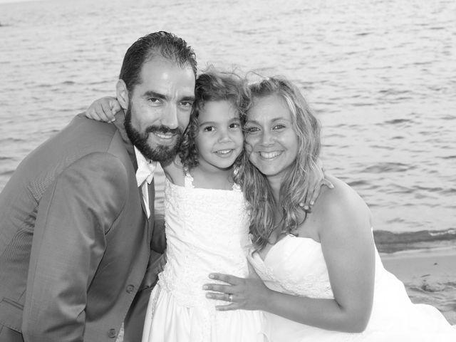 Le mariage de Julien et Lucie à Nîmes, Gard 33