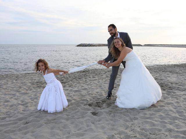 Le mariage de Julien et Lucie à Nîmes, Gard 34