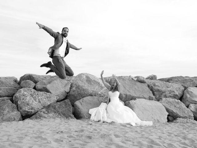 Le mariage de Julien et Lucie à Nîmes, Gard 36