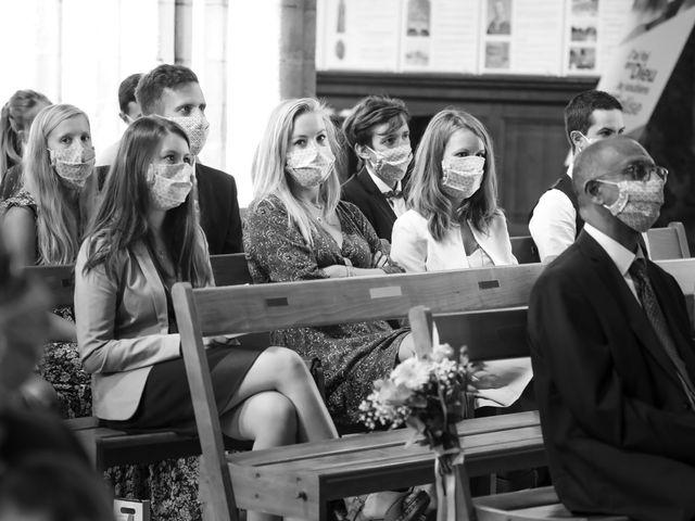 Le mariage de Robin et Mélinda à Sainte-Geneviève-des-Bois, Essonne 74