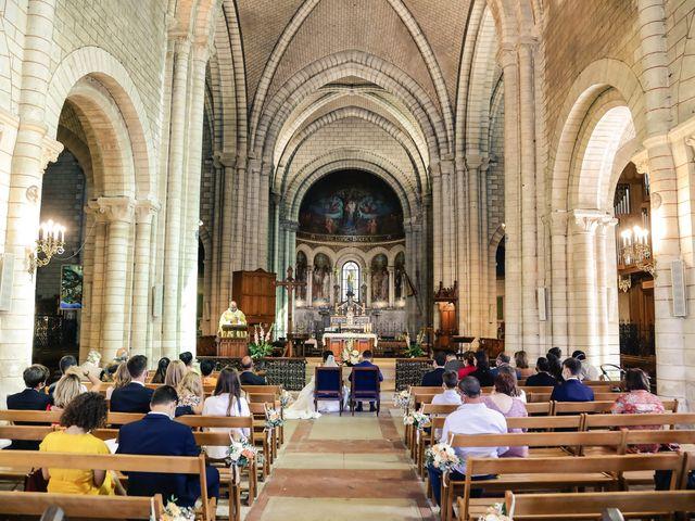 Le mariage de Robin et Mélinda à Sainte-Geneviève-des-Bois, Essonne 75
