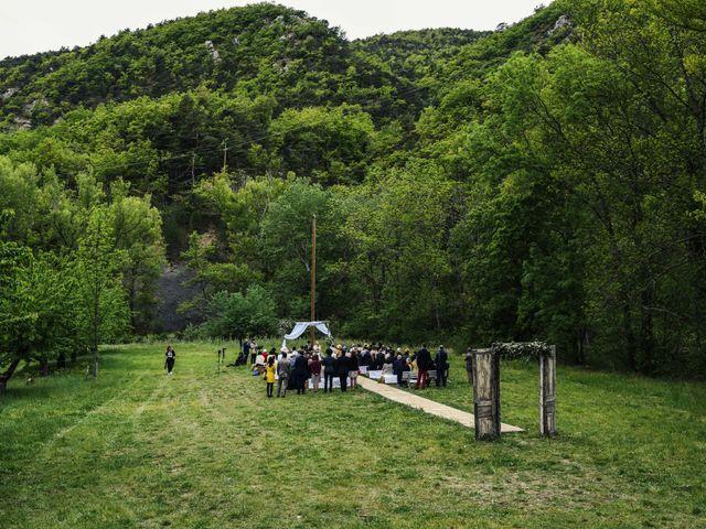 Le mariage de Chol et Mélusine à Nyons, Drôme 22