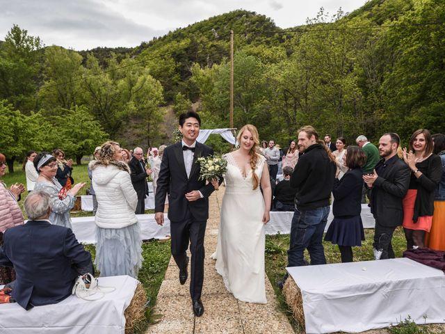 Le mariage de Chol et Mélusine à Nyons, Drôme 29