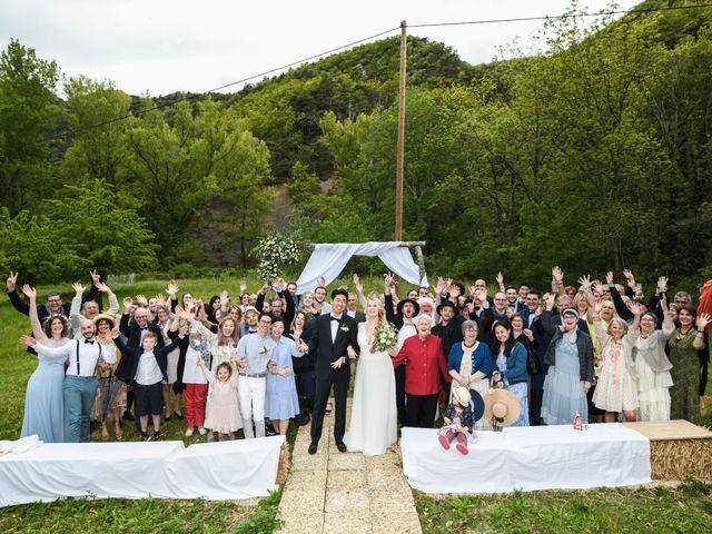 Le mariage de Chol et Mélusine à Nyons, Drôme 30