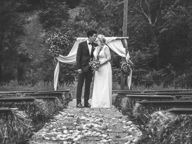 Le mariage de Chol et Mélusine à Nyons, Drôme 32