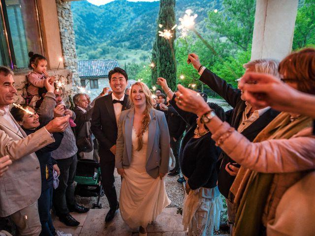 Le mariage de Chol et Mélusine à Nyons, Drôme 41