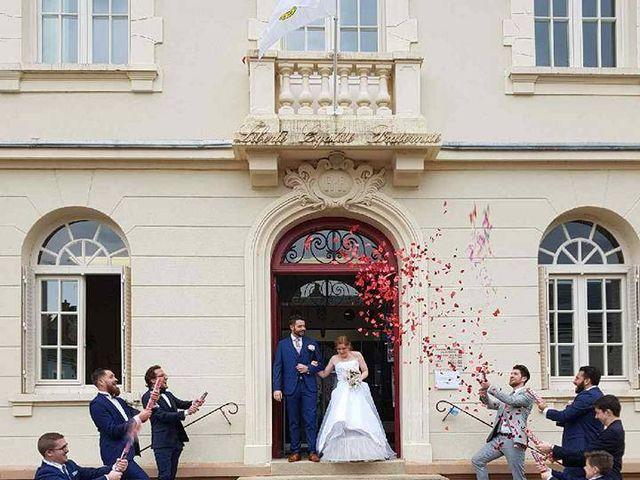 Le mariage de Romain et Emilie à Méréville, Essonne 10