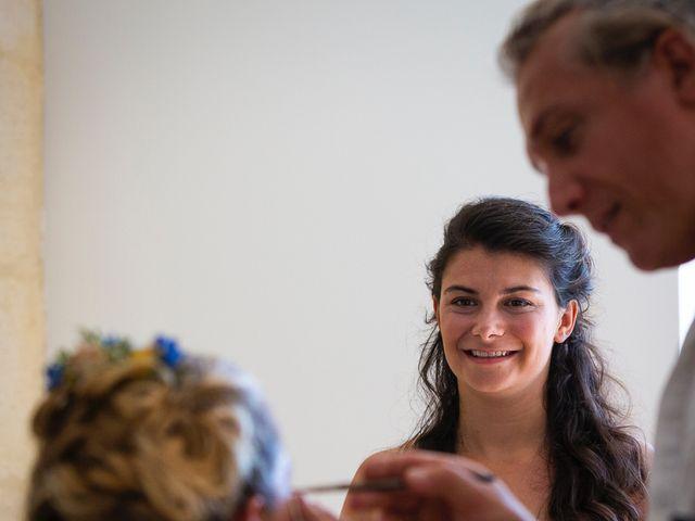Le mariage de Emmanuel et Jennifer à Bourg, Gironde 24