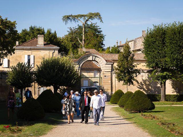 Le mariage de Emmanuel et Jennifer à Bourg, Gironde 36