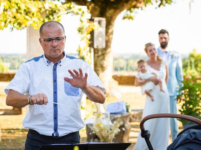 Le mariage de Emmanuel et Jennifer à Bourg, Gironde 59