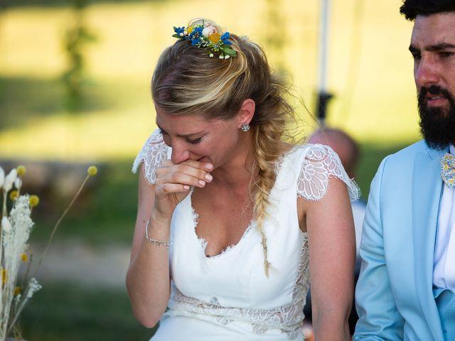 Le mariage de Emmanuel et Jennifer à Bourg, Gironde 77