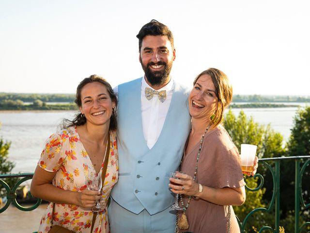 Le mariage de Emmanuel et Jennifer à Bourg, Gironde 126