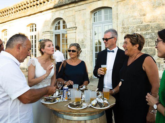 Le mariage de Emmanuel et Jennifer à Bourg, Gironde 127