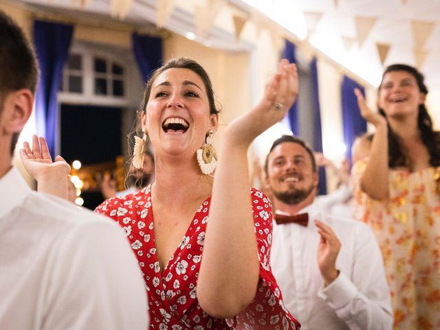 Le mariage de Emmanuel et Jennifer à Bourg, Gironde 153
