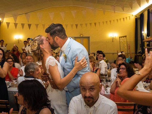 Le mariage de Emmanuel et Jennifer à Bourg, Gironde 155