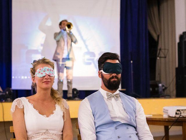 Le mariage de Emmanuel et Jennifer à Bourg, Gironde 157