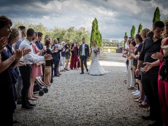 Le mariage de Dorian et Emilie à Tarascon, Bouches-du-Rhône 14