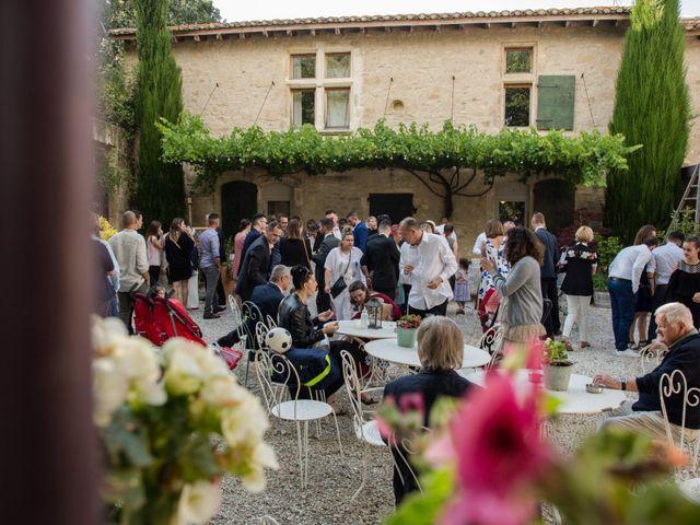 Le mariage de Dorian et Emilie à Tarascon, Bouches-du-Rhône 17